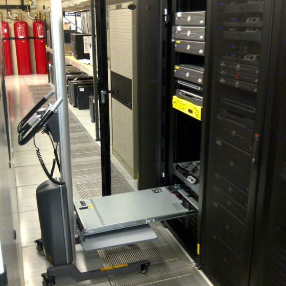 Work positioners brengen uw servers op de juiste hoogte.