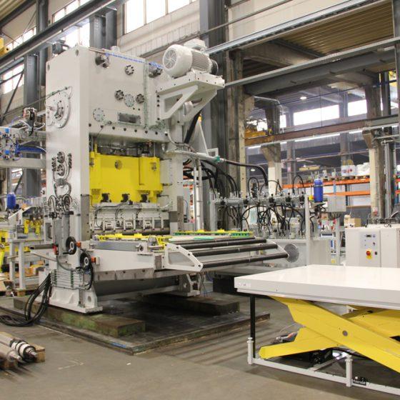 TM3000 met zware machine