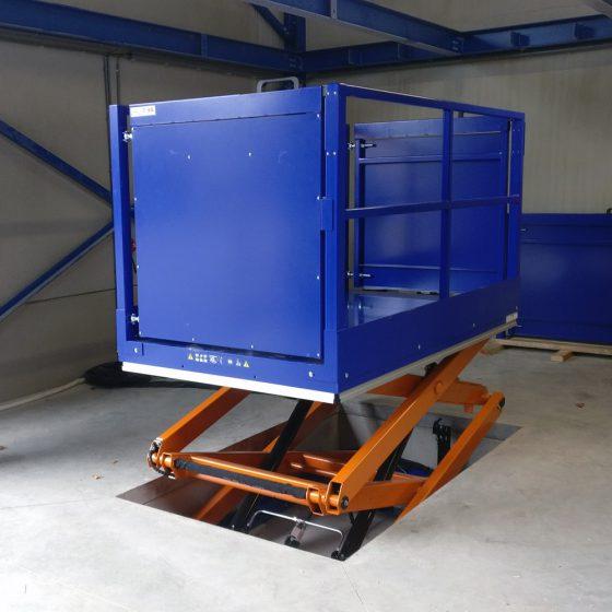 Goederenheffer met hekwerk TSD1500